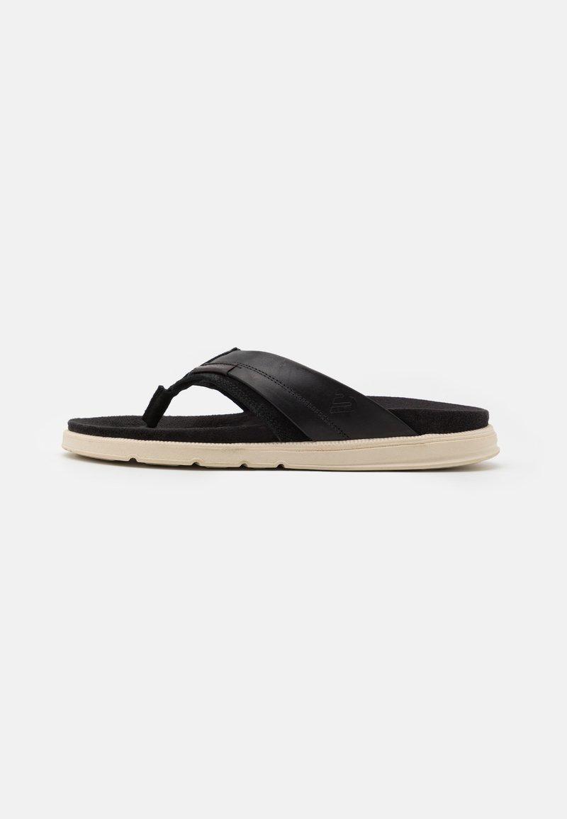 Bullboxer - T-bar sandals - black