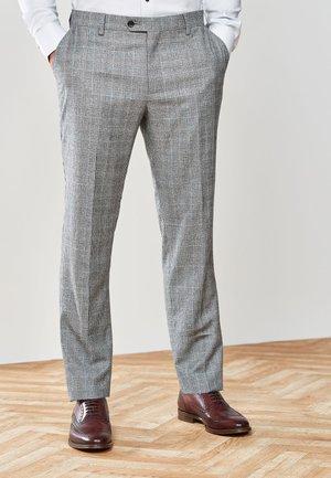 TAILORED FIT - Oblekové kalhoty - black
