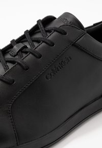 Calvin Klein - MAINE - Trainers - black - 5