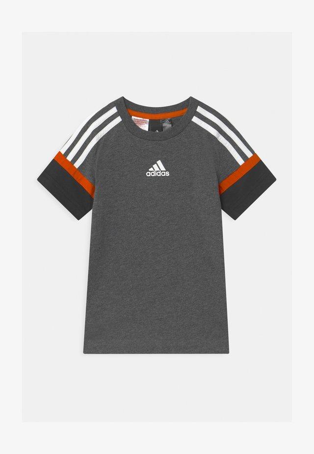 BOLD UNISEX - T-shirt imprimé - grey/black