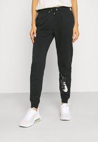 Nike Sportswear - PANT - Teplákové kalhoty - black - 0