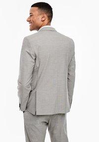 s.Oliver BLACK LABEL - MIT WEBSTRUKTUR - Blazer jacket - beige - 2
