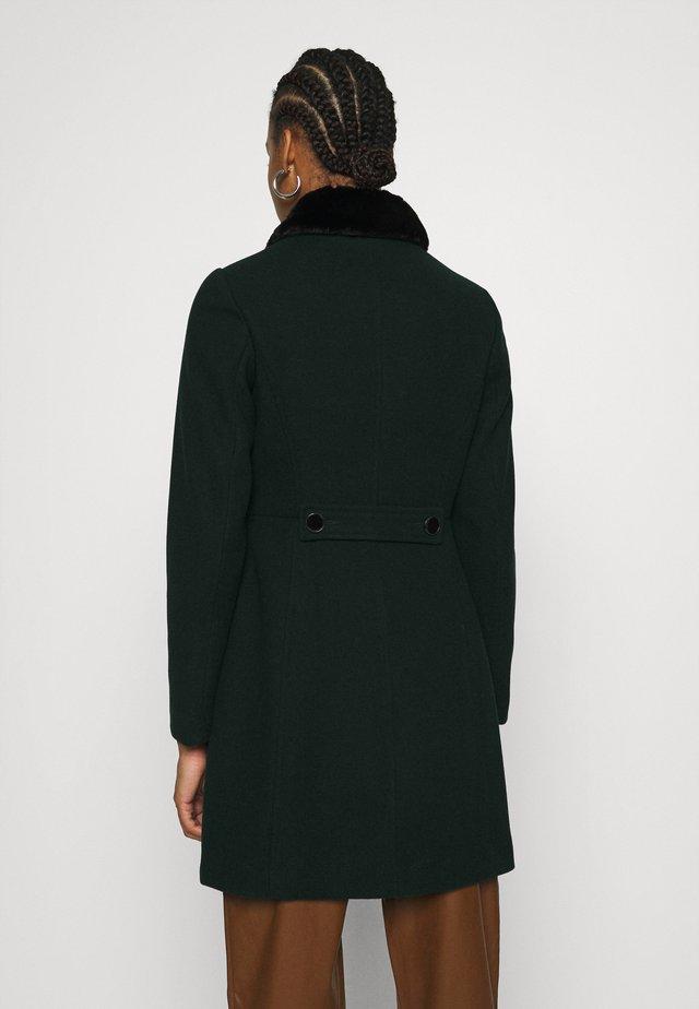 DOLLY COAT - Mantel - green