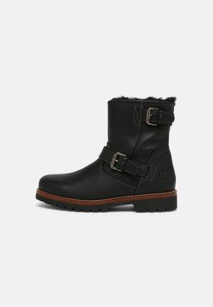 FAUST IGLOO - Kotníkové boty - black