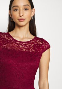 WAL G. - PEYTON SKATER DRESS - Cocktail dress / Party dress - wine - 4