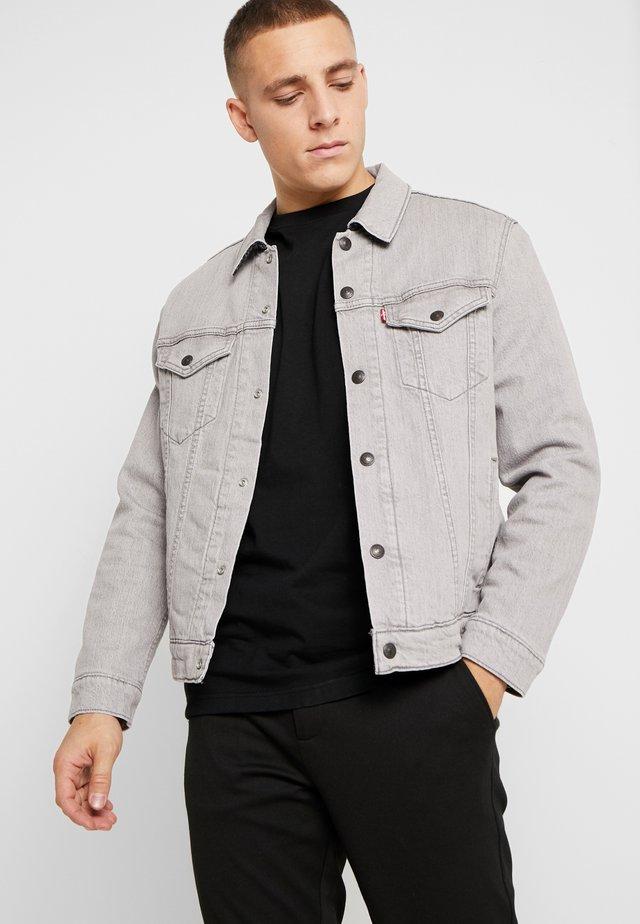 REVERSIBLE LINED TRUCKER - Veste en jean - grey