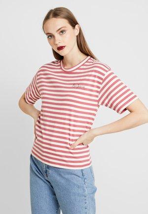 CLAIRE - Print T-shirt - red dahlia