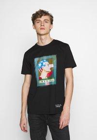 Iceberg - PETER BLAKE AMERICA  - Print T-shirt - nero - 0