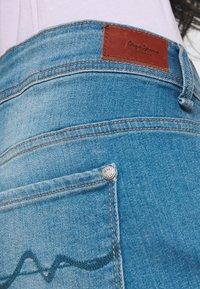 Pepe Jeans - SIOUXIE - Jeansshort - blue denim - 3