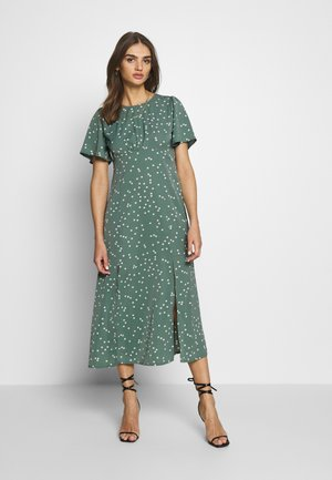 FLUTTER MIDI DRESS POLKA - Kjole - green
