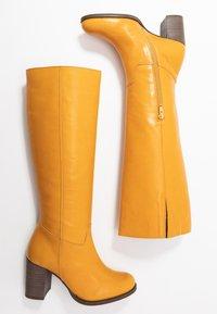 Lazamani - Vysoká obuv - yellow - 3