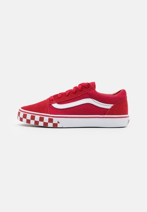 OLD SKOOL UNISEX - Trainers - chili pepper/true white