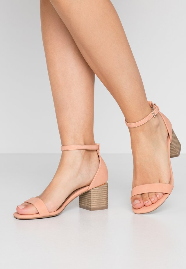 MAKENZIE - Sandals - light pink