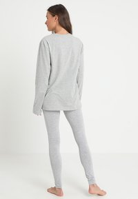 Calvin Klein Underwear - CREW NECK - Pyjama top - grey - 2