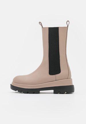 Platform boots - light grey