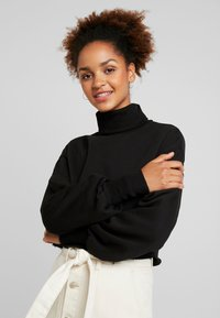 Nly by Nelly - HIGH POLO - Sweatshirt - black - 0