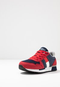 Tommy Hilfiger - Sneakers - red/blue - 2