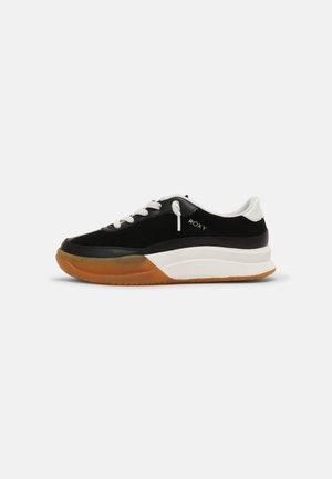 JOEY - Sneakersy niskie - black
