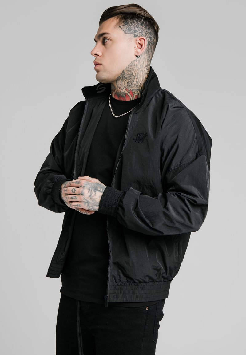 SIKSILK - SIKSILK WINDRUNNER - Summer jacket - black