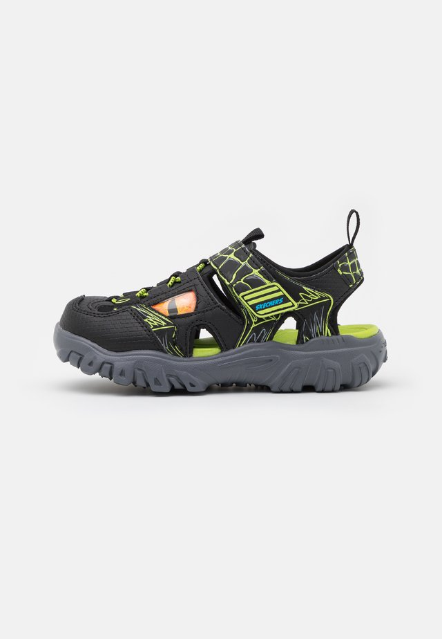 DAMAGER III  - Sandalias - black/lime