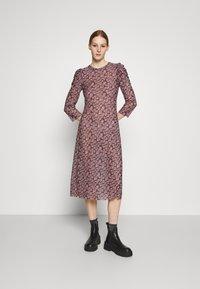 Pieces - PCGWENA MIDI DRESS - Day dress - pink - 0