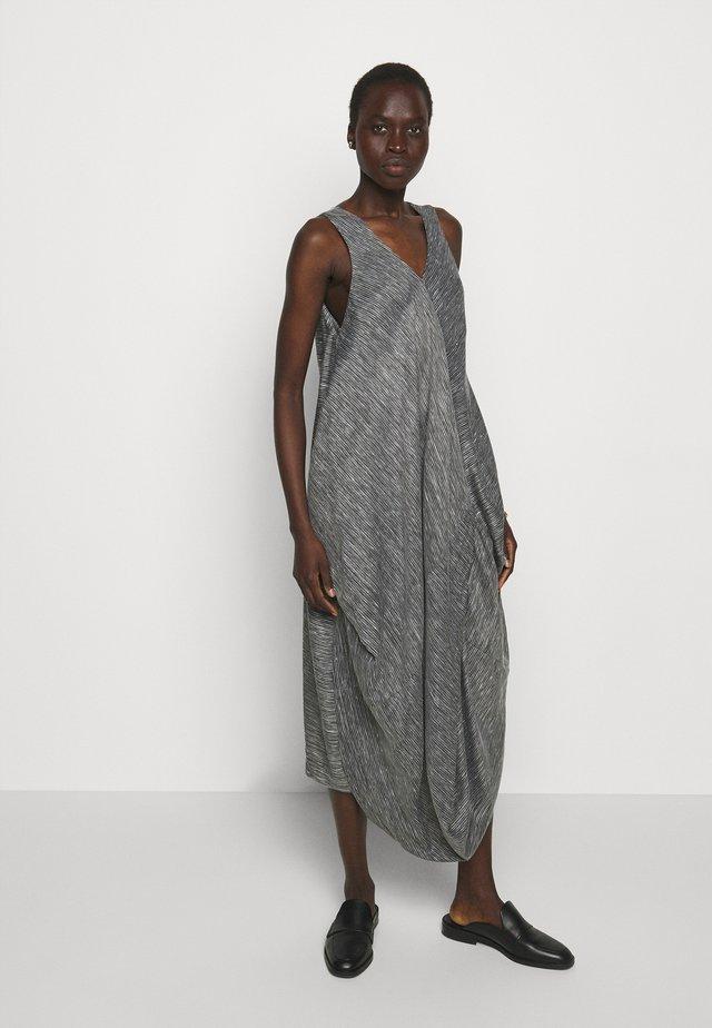 FLOW DRESS - Korte jurk - black/white