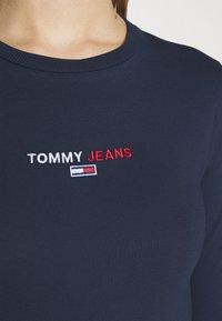 Tommy Jeans - LINEAR LOGO BODY - Longsleeve - twilight navy - 5
