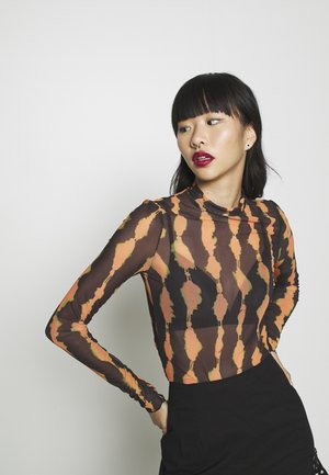 FIONA TURTLENECK PRINT - Long sleeved top - radiant