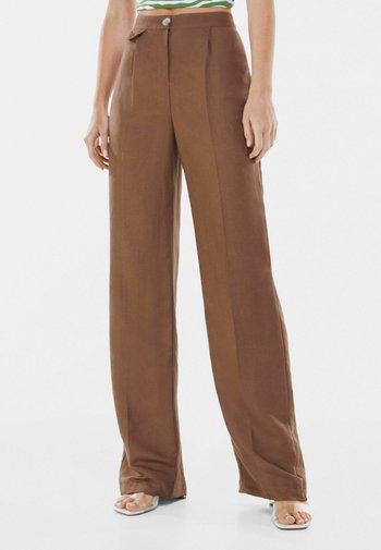 WIDE LEG - Pantaloni - brown
