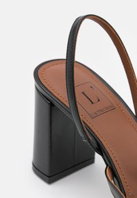 L'Autre Chose - SLINGBACK - Classic heels - black - 6