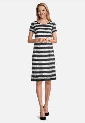 Jersey dress - weiß/schwarz