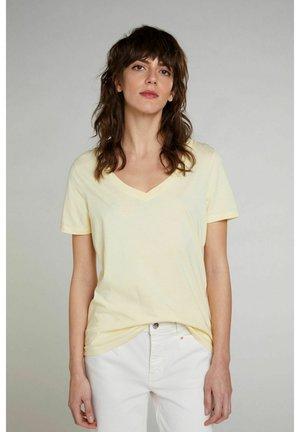 T-shirts basic - flan