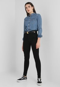 Levi's® - MILE HIGH SUPER SKINNY - Jeans Skinny - black galaxy - 2