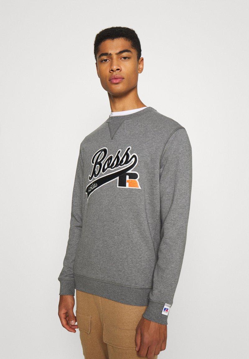 BOSS - BOSS X RUSSELL ATHLETIC STEDMAN - Sweatshirt - medium grey
