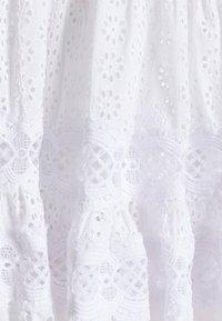 maje - RAYANETTE - Vapaa-ajan mekko - ecru - 7