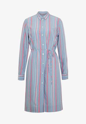 STRIPE BELTED DRESS - Denní šaty - blue heaven/pink