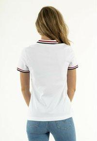 Lacoste - Polo shirt - blanc - 2