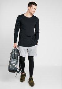 Nike Performance - PRO TIGHT - Långkalsonger - black/anthracite/white - 1