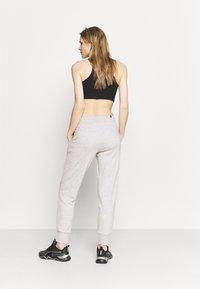 Puma - Pantalones deportivos - light gray heather - 2