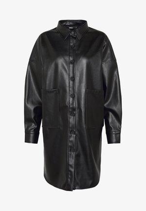 ONLAMAZE OVERSIZED - Overhemdblouse - black