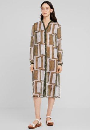 CUNINE DRESS - Shirt dress - burnt olive