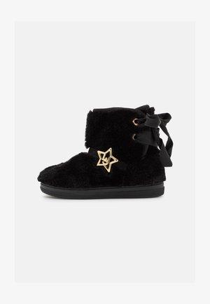 MINI ALICIA - Classic ankle boots - black