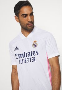 adidas Performance - REAL MADRID AEROREADY SPORTS FOOTBALL - Vereinsmannschaften - white - 5