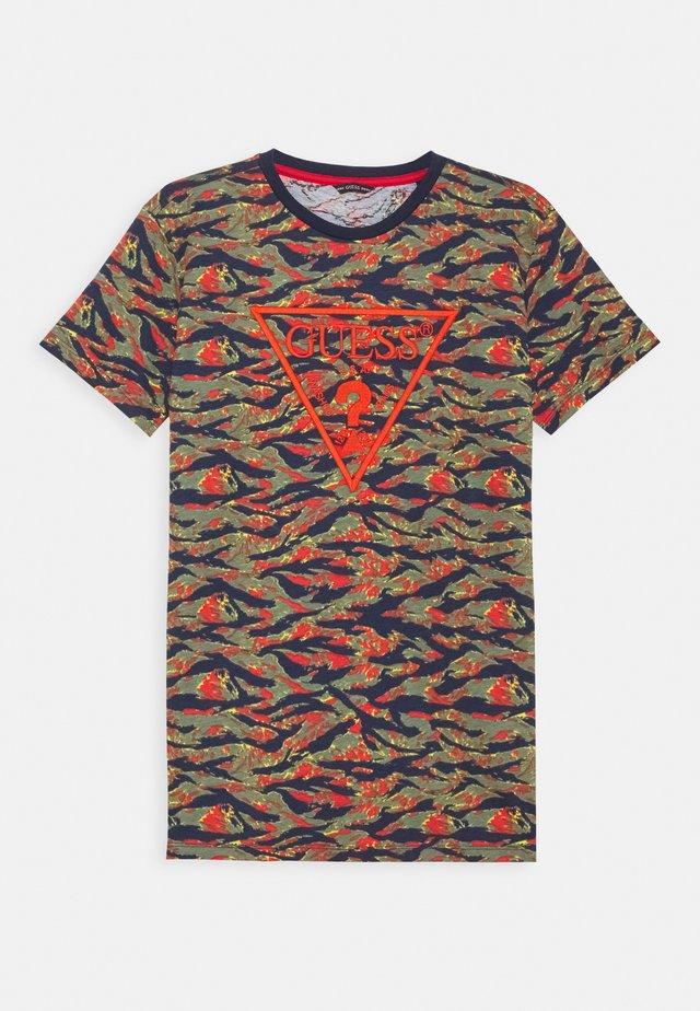 JUNIOR - T-shirt print - orange