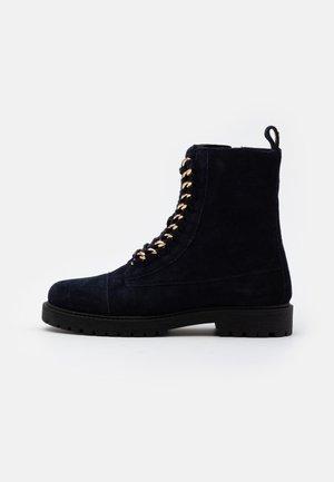 ALLY  - Šněrovací kotníkové boty - navy