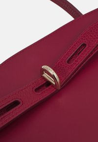 Furla - MARGHERITA TOP HANDLE - Handbag - ciliegia - 4