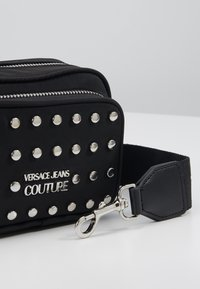Versace Jeans Couture - STUDDED CAMERA - Across body bag - black - 2