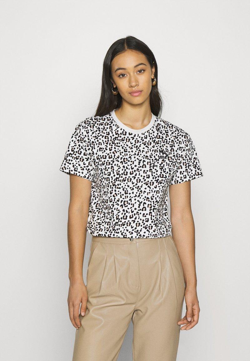 Puma - CLASSICS LOGO TEE - Print T-shirt - vaporous gray