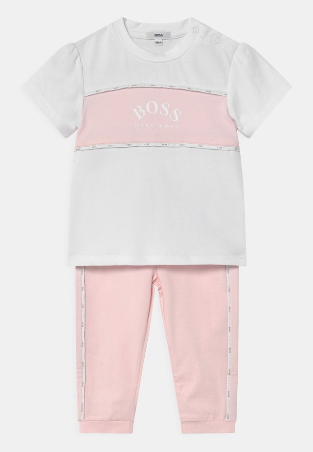SET - T-shirt imprimé - white/pink