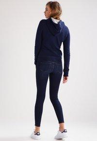 Hollister Co. - CORE - Zip-up hoodie - navy - 2
